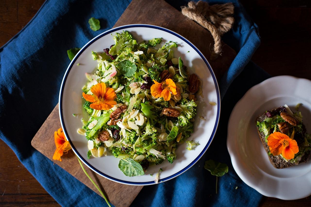 Rychlý brokolicový salát