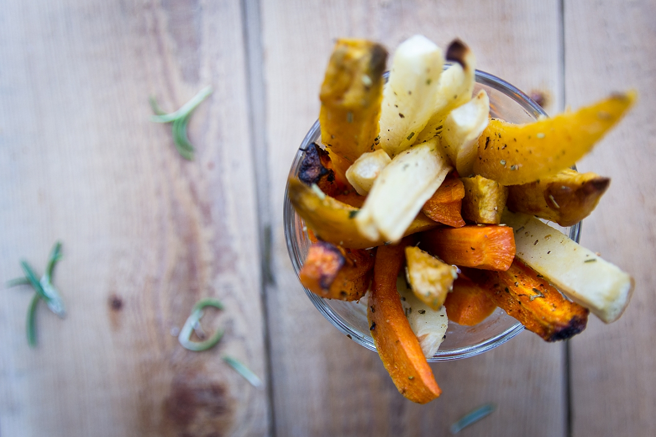 Domácí hranolky - batáta, mrkev, celer