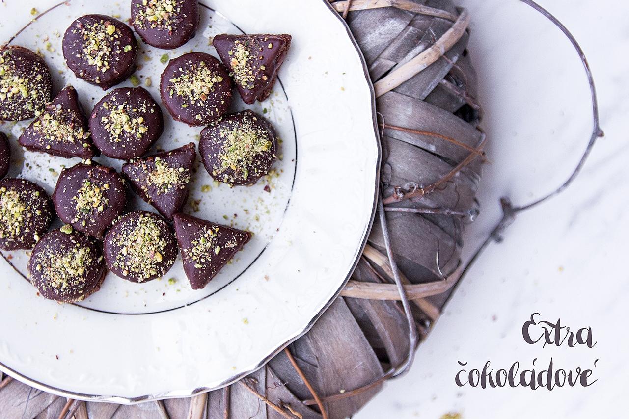 Vánoční kolečka - kokos, kakao, pistácie